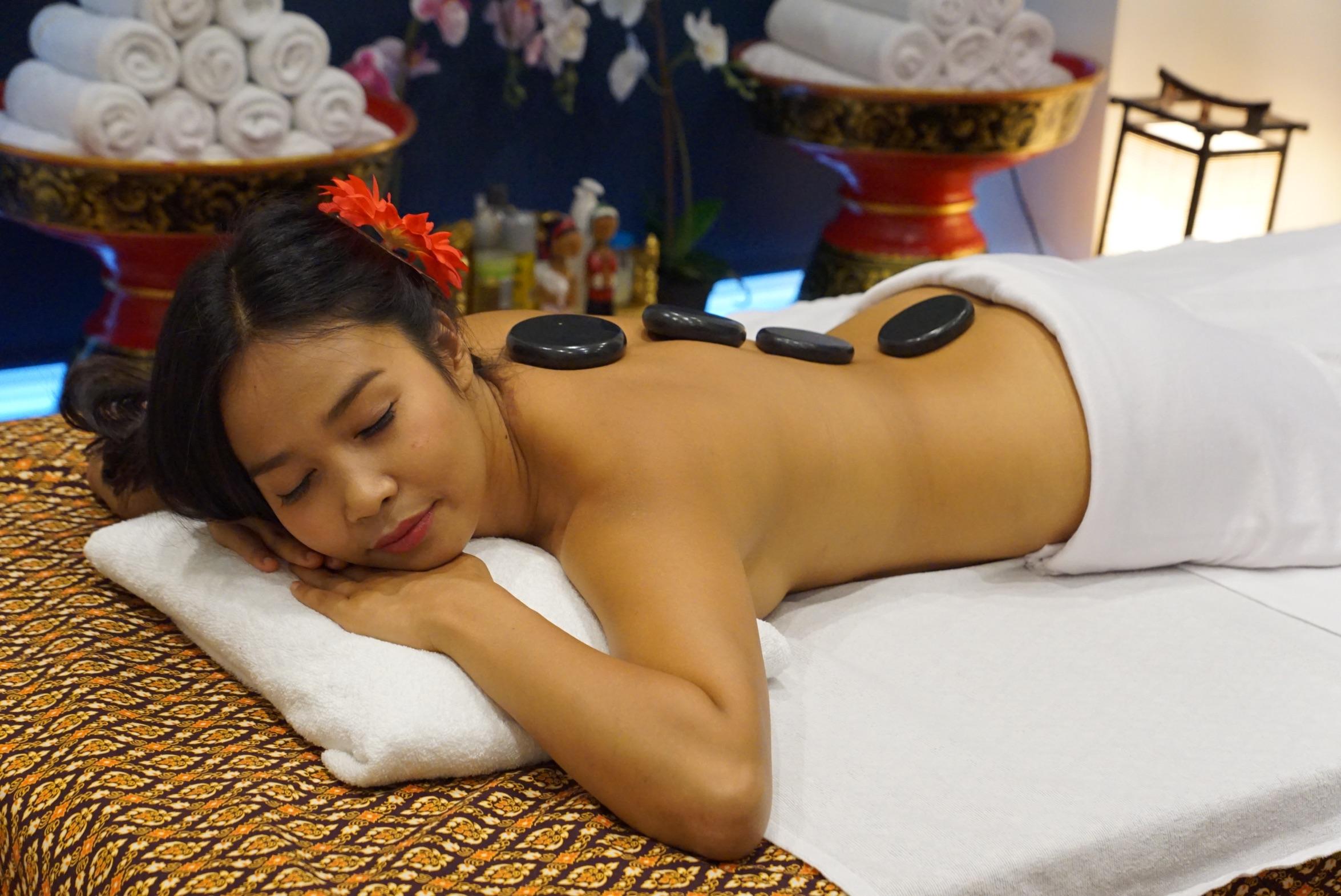 Neu Hotstonmassage